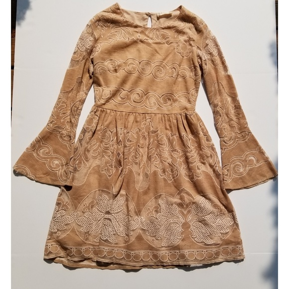 Altar'd State Dresses & Skirts - Altar'd State tan lace dress long sleeve - sz med